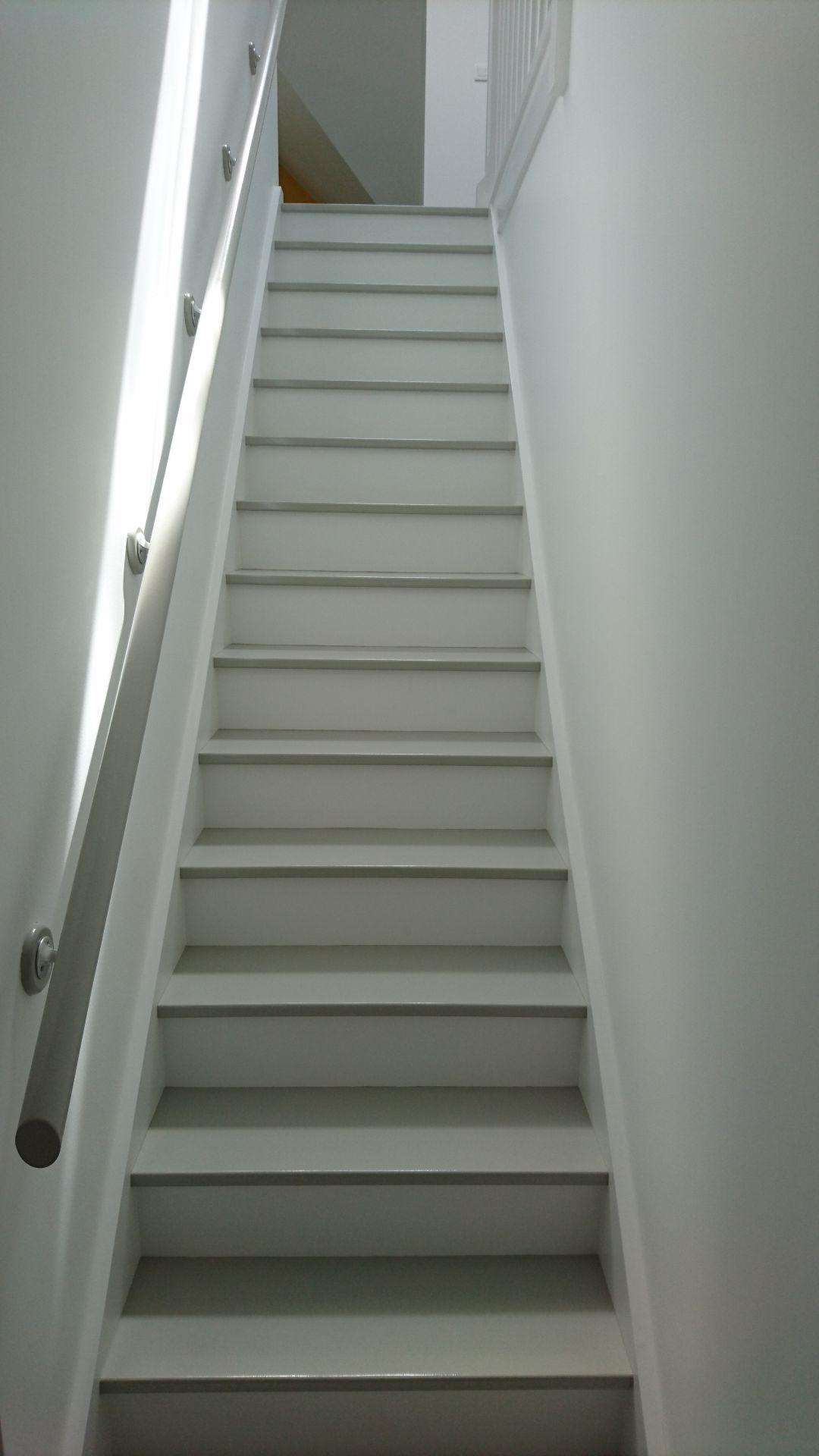 d coration peintures escaliers exemples photos. Black Bedroom Furniture Sets. Home Design Ideas